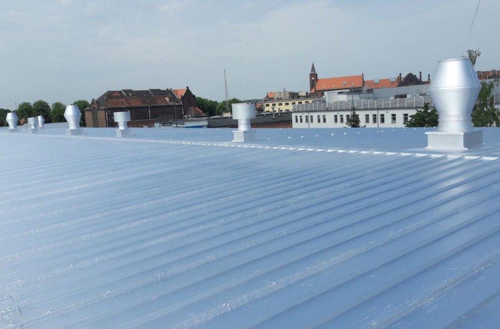 dach-z-blachy-po-renowacji
