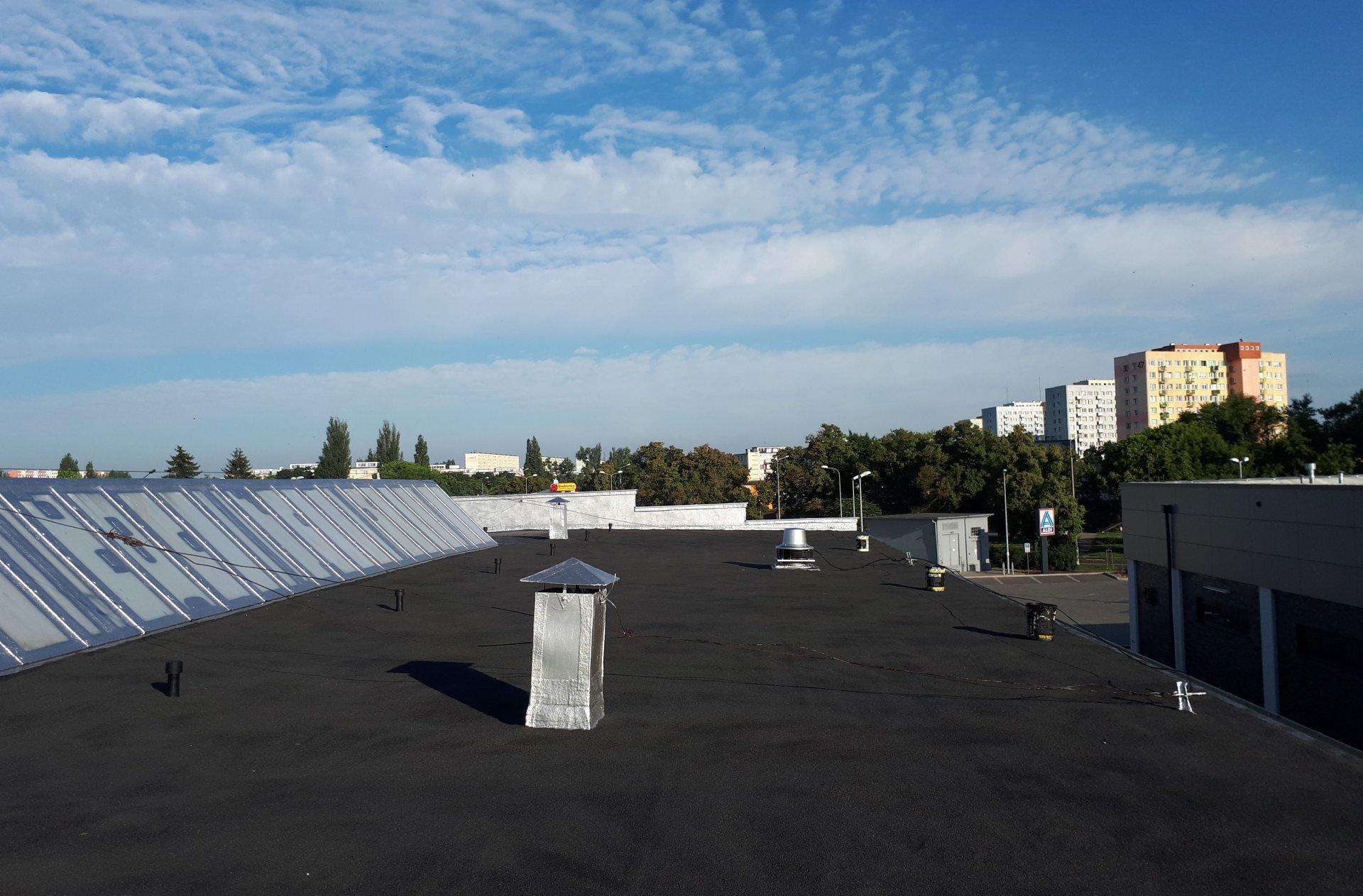 remont dachu płaskiego cena