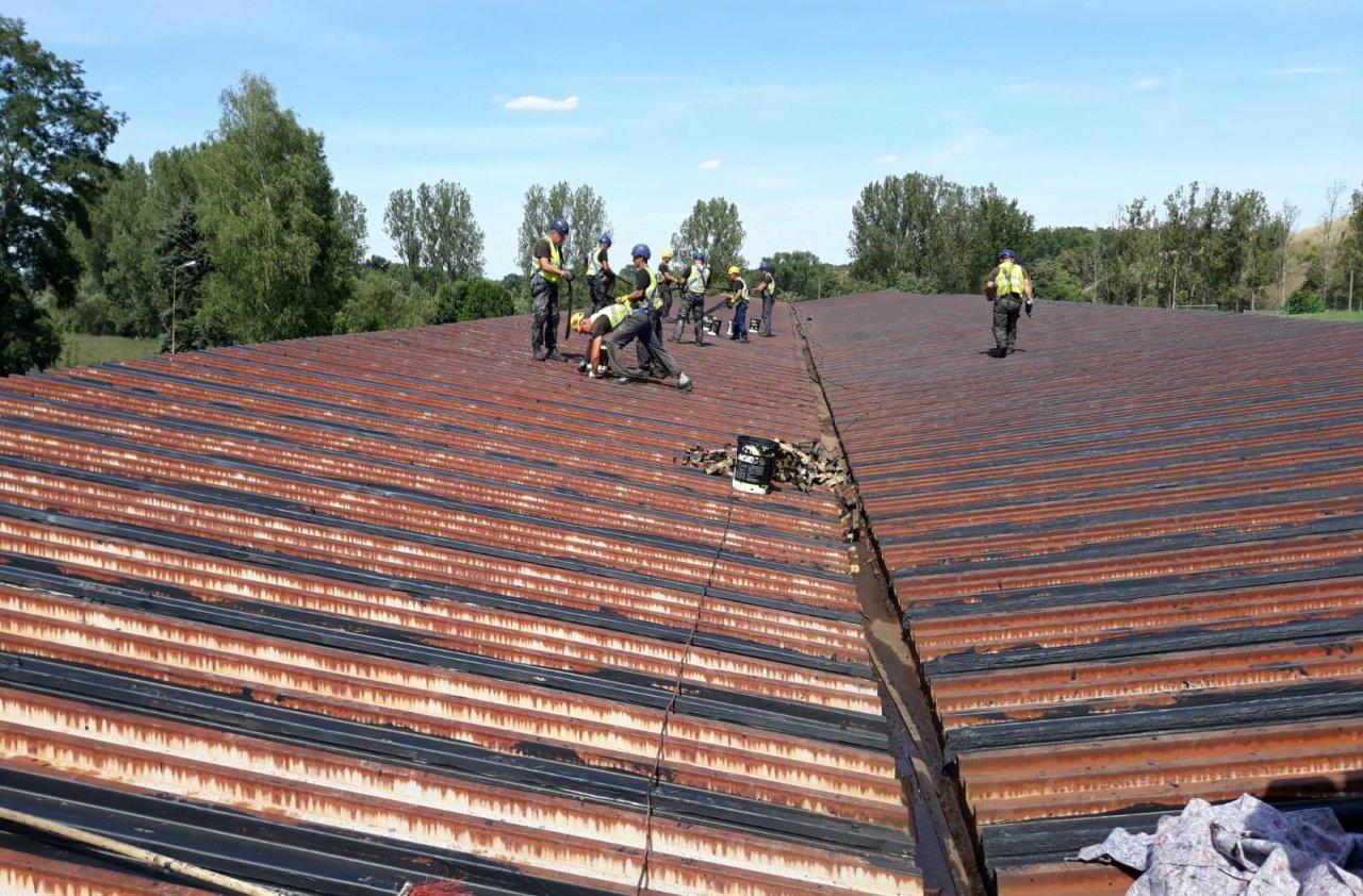 renowacja dachu z blachy trapezowej