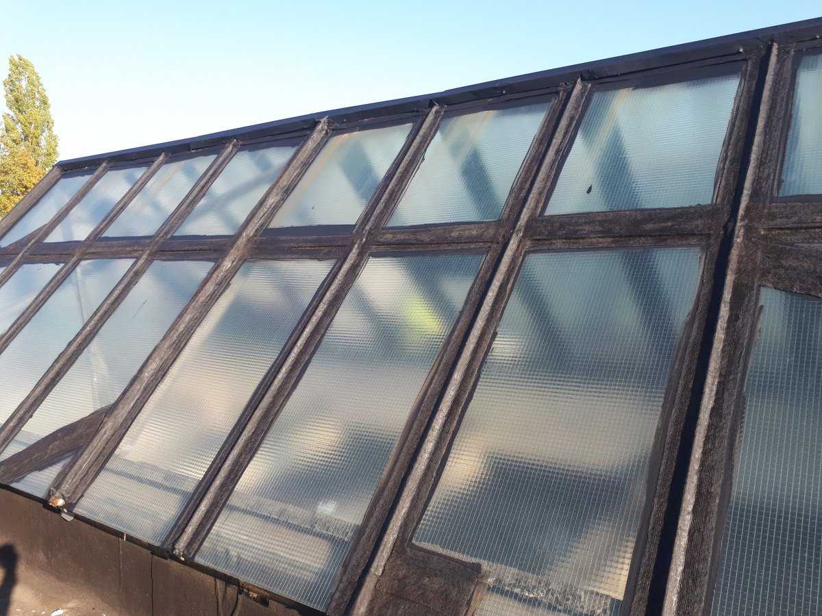 renowacja starych świetlików dachowych