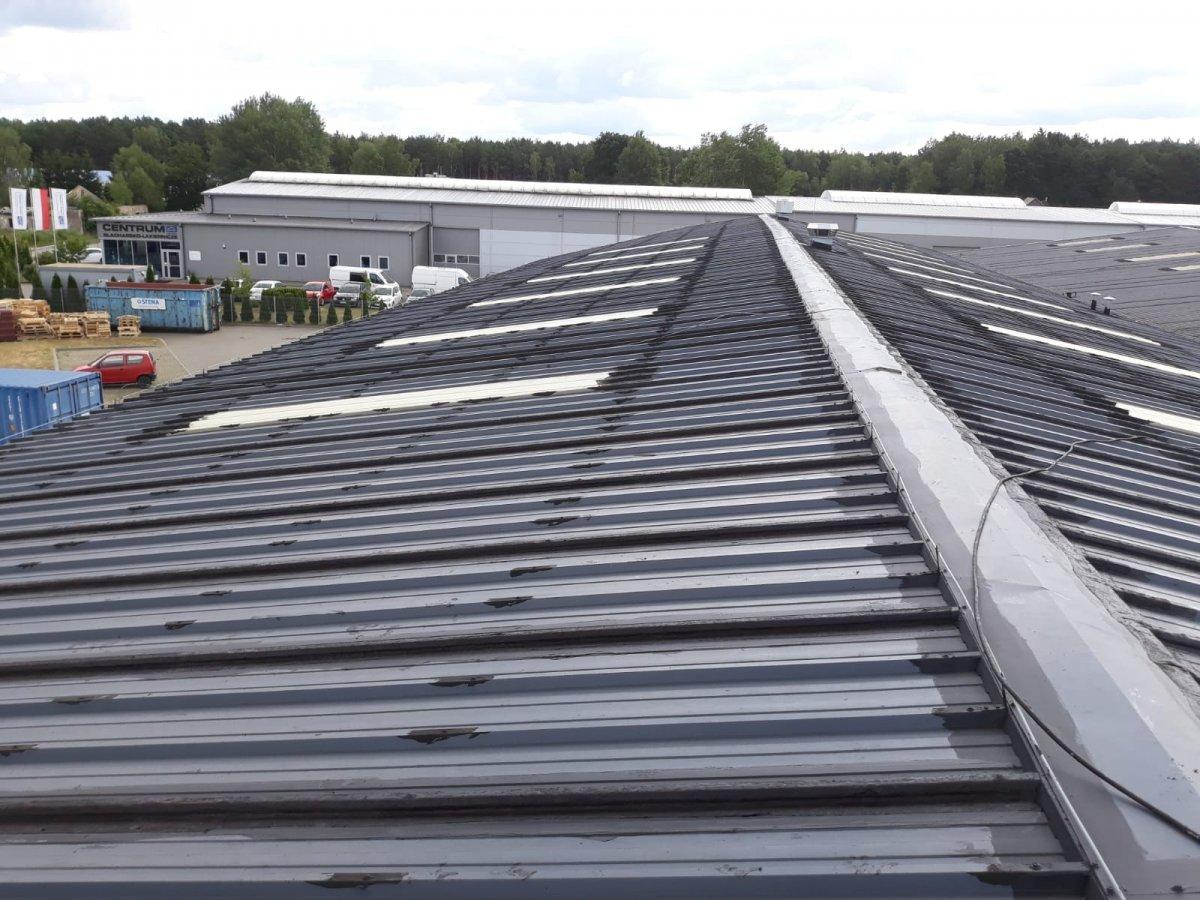 uszczelnienie dachu z blachy
