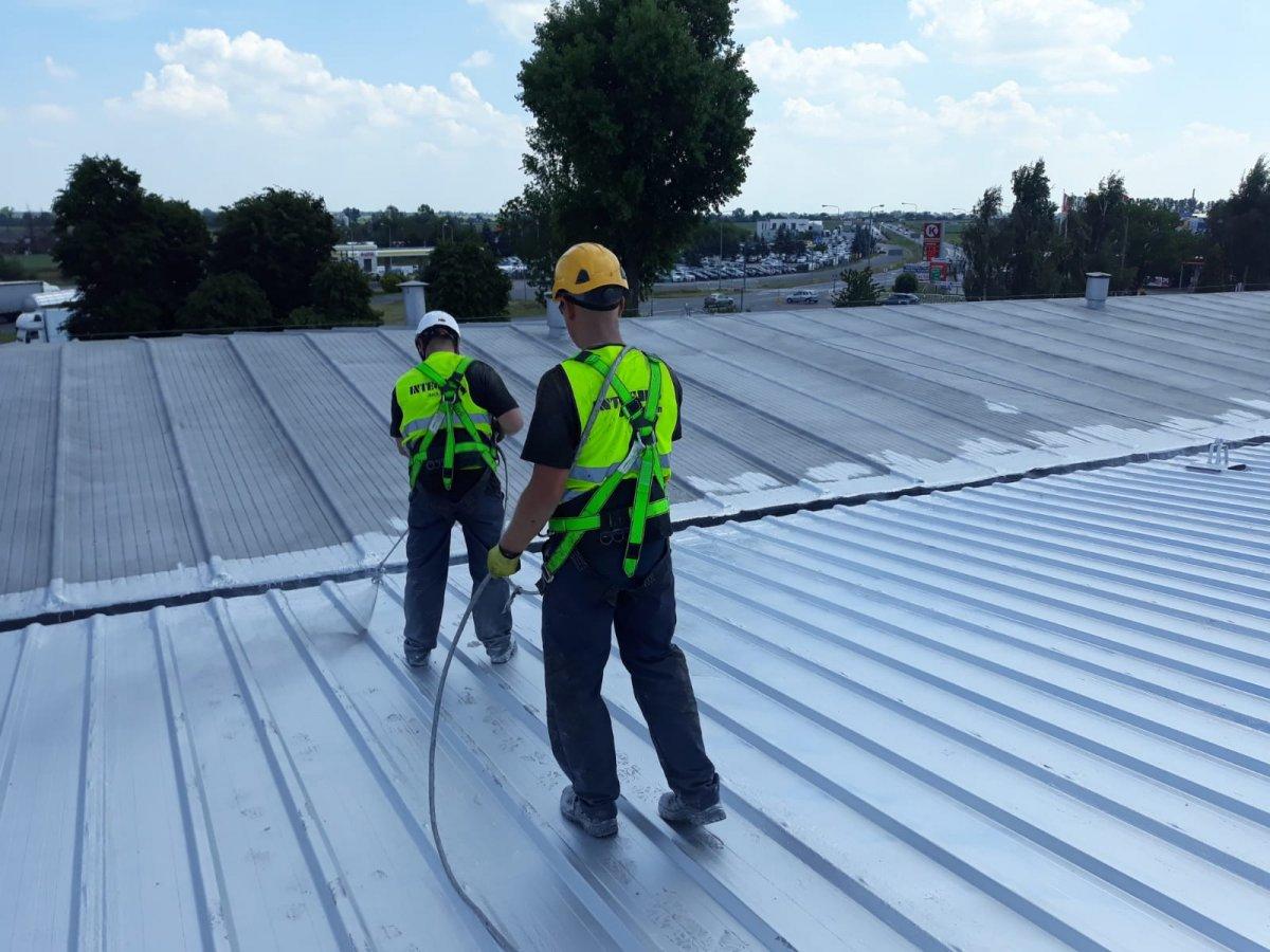 7. kompleksowe naprawy dachów przemysłowych